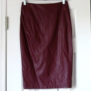 NWOT Romeo & Juliet Couture faux leather skirt